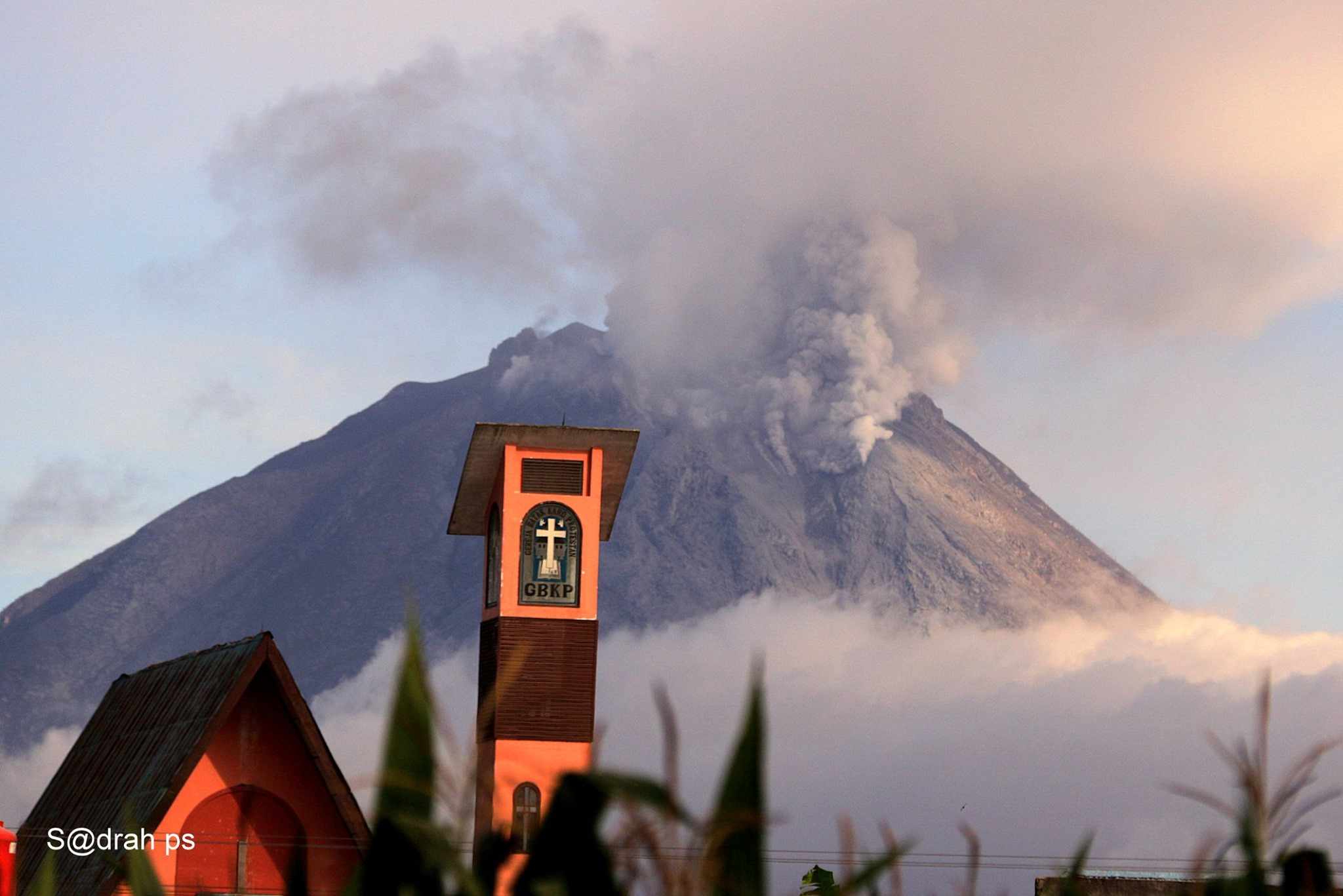 May 25, 2019. EN. Indonesia : Sinabung , Indonesia : Agung , Mexico : Popocatepetl , Costa Rica : Turrialba / Poas / Rincon de la Vieja .