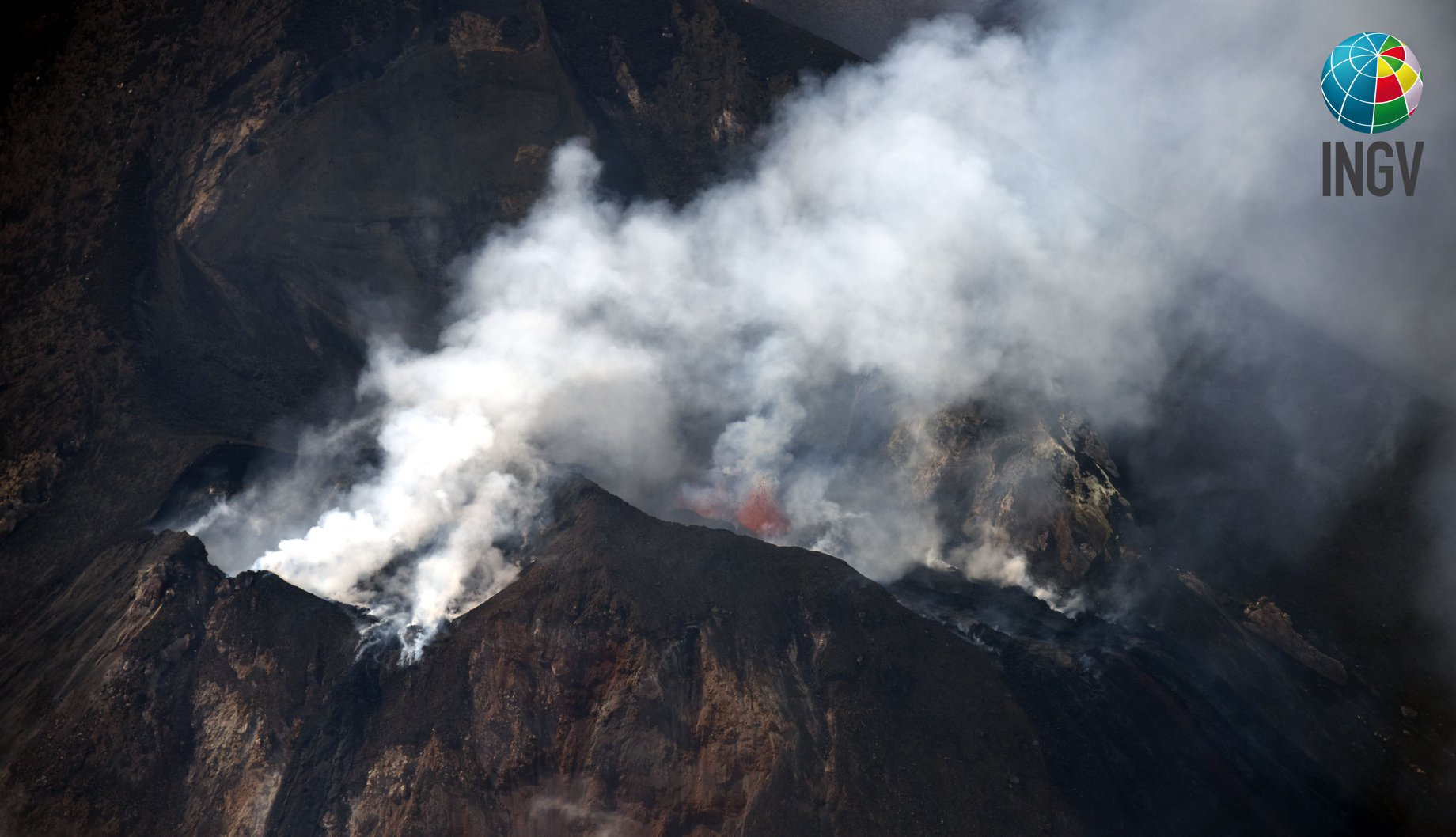 July 06 , 2019. EN. Italy : Stromboli , Alaska : Semisopochnoi , Mexico : Colima , Chile : Copahue , Indonesia : Merapi .