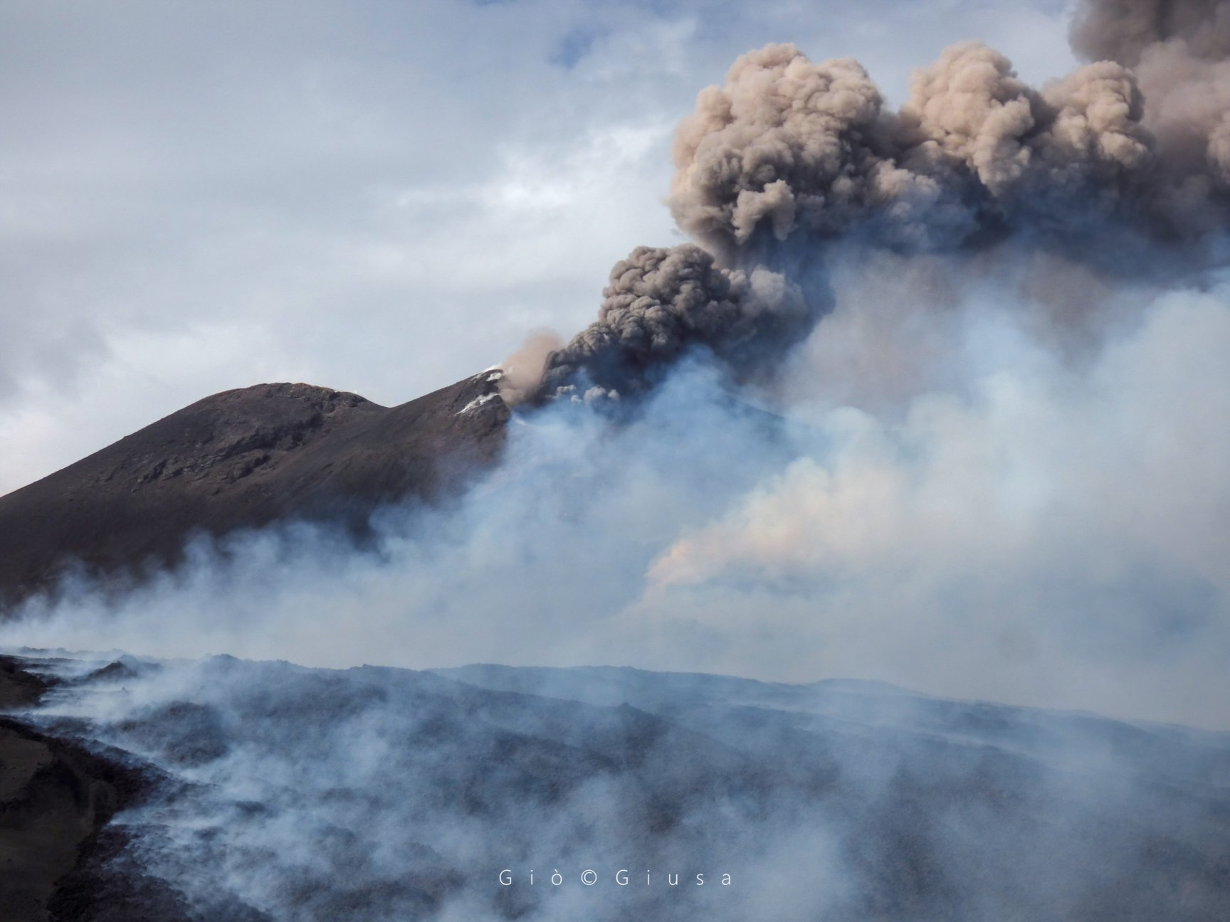 July 29, 2019. EN. Italy : Stromboli , Italy / Sicily : Etna , Reunion : Piton de la Fournaise , Mexico : Popocatepetl .