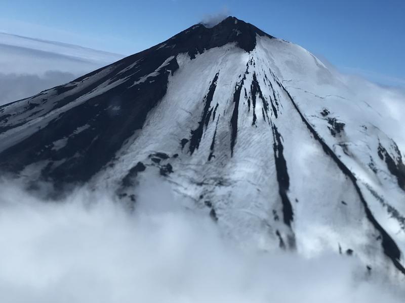 December 29 , 2019 . EN . Alaska : Pavlof , Ecuador / Galapagos : Fernandina , Indonesia : Merapi , La Reunion : Piton de la Fournaise .