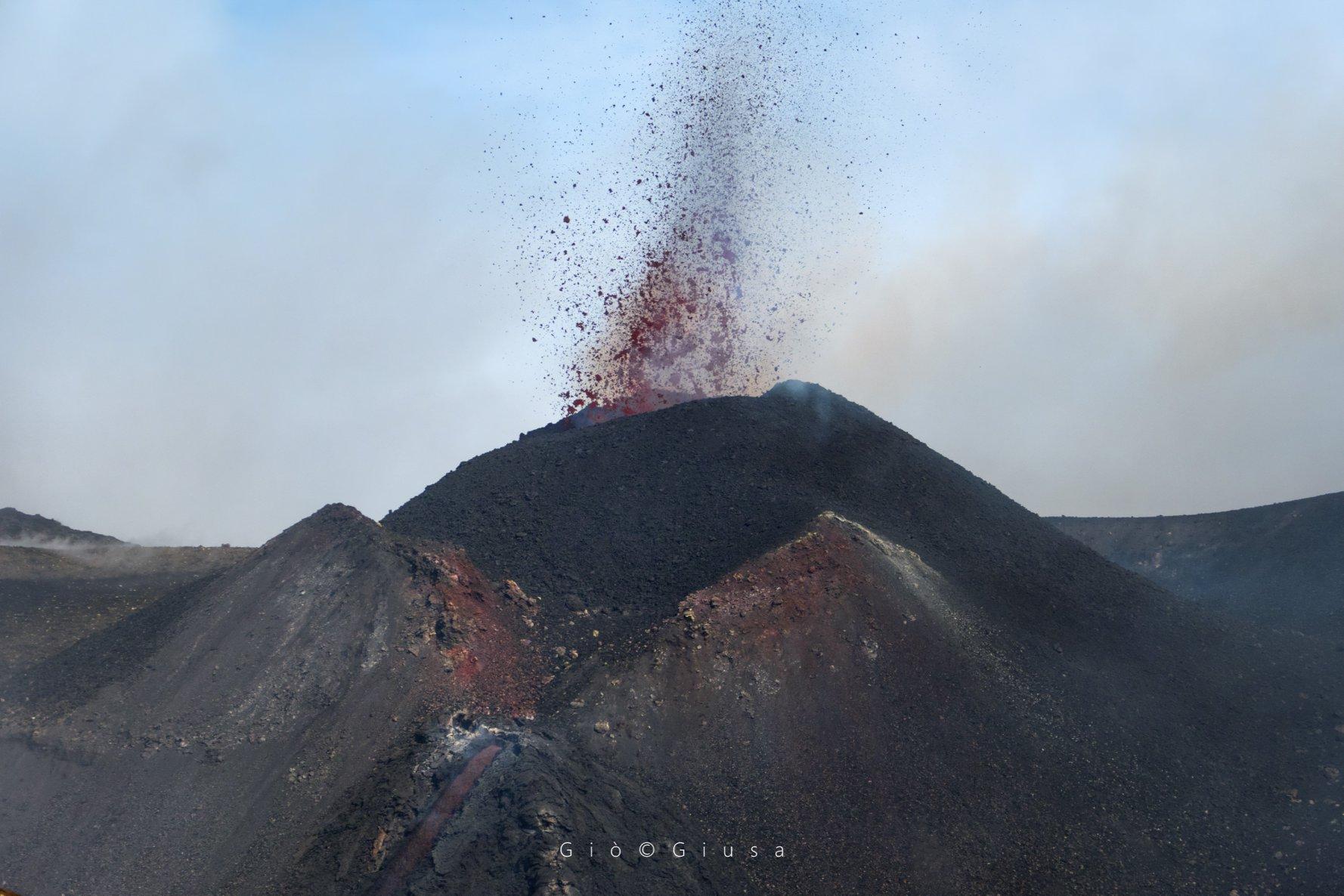 February 12, 2020. EN . La Reunion : Piton de la Fournaise , Italy / Sicily : Etna , Colombia : Nevado del Ruiz , Peru : Ubinas .