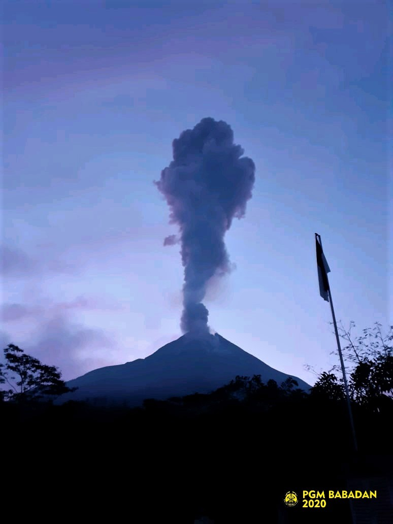 28 Mars 2020. FR. Indonésie : Merapi , Alaska : Shishaldin , Colombie : Nevado del Huila , Equateur : Sangay , Guatemala : Fuego .
