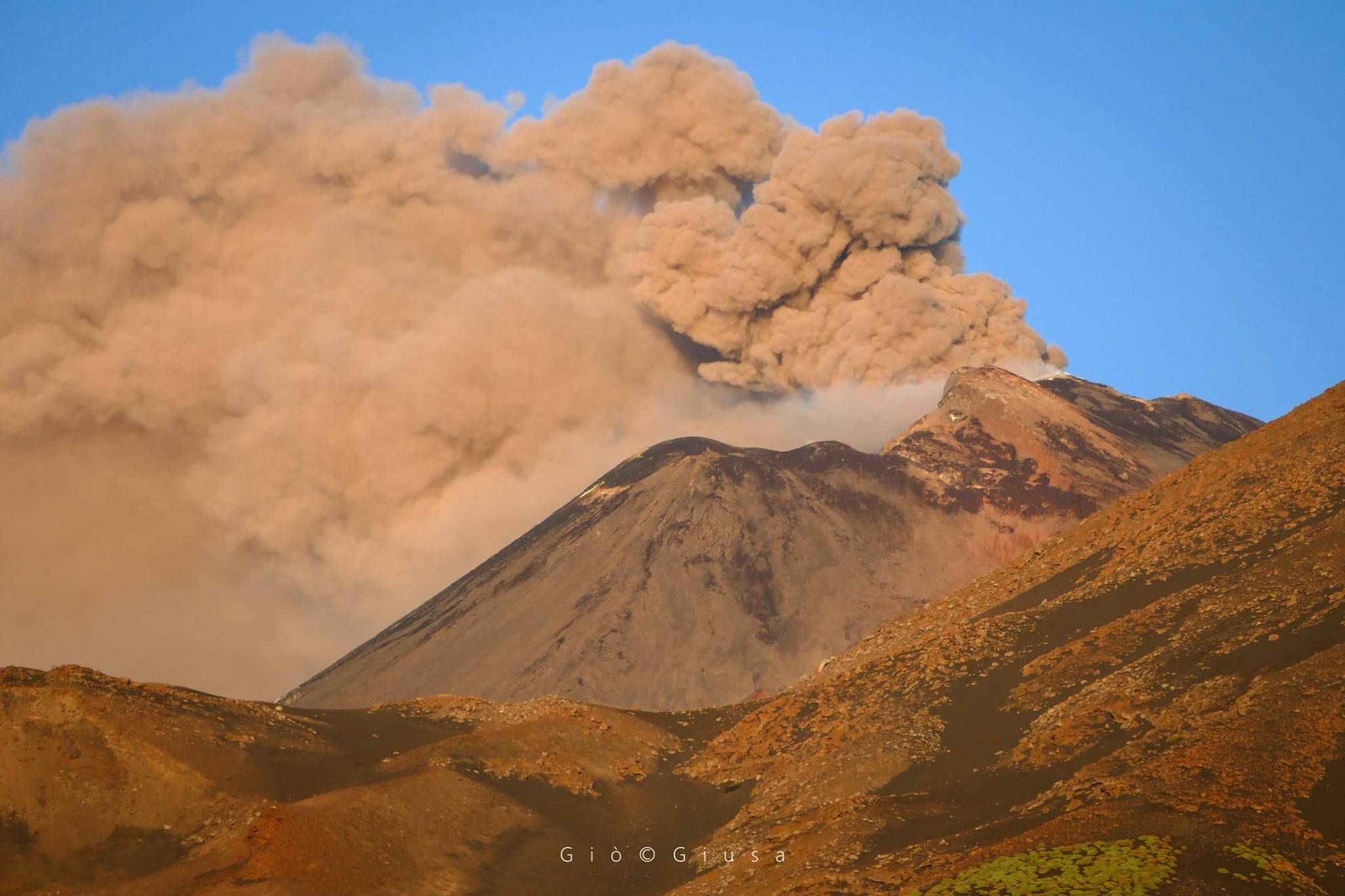 May 23, 2020. EN. Indonesia : Merapi , Italy / Sicily : Etna , Chile : Copahue , Alaska : Great Sitkin .