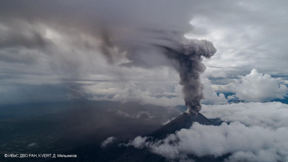 May 28, 2020. EN. Italy : Stromboli , Kamchatka : Karymsky , Colombia : Nevado del Ruiz , Iceland : Reykjanes Peninsula , Mexico : Popocatepetl .