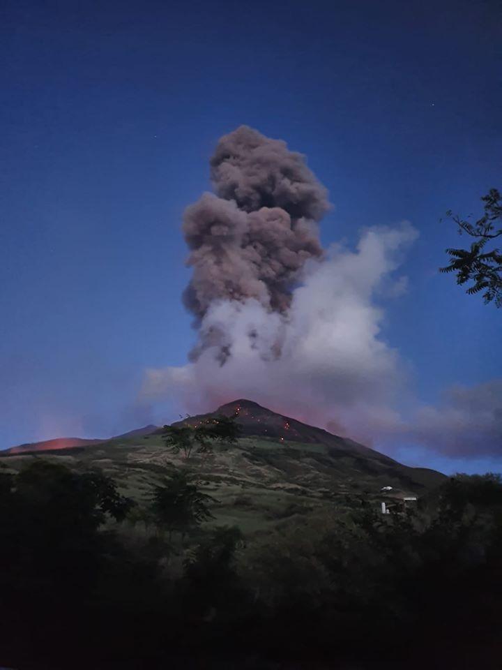 20 Juillet 2020. FR . Italie : Stromboli , Islande : Péninsule de Reykjanes , Indonésie : Raung , Equateur : Sangay , Guatemala : Pacaya .