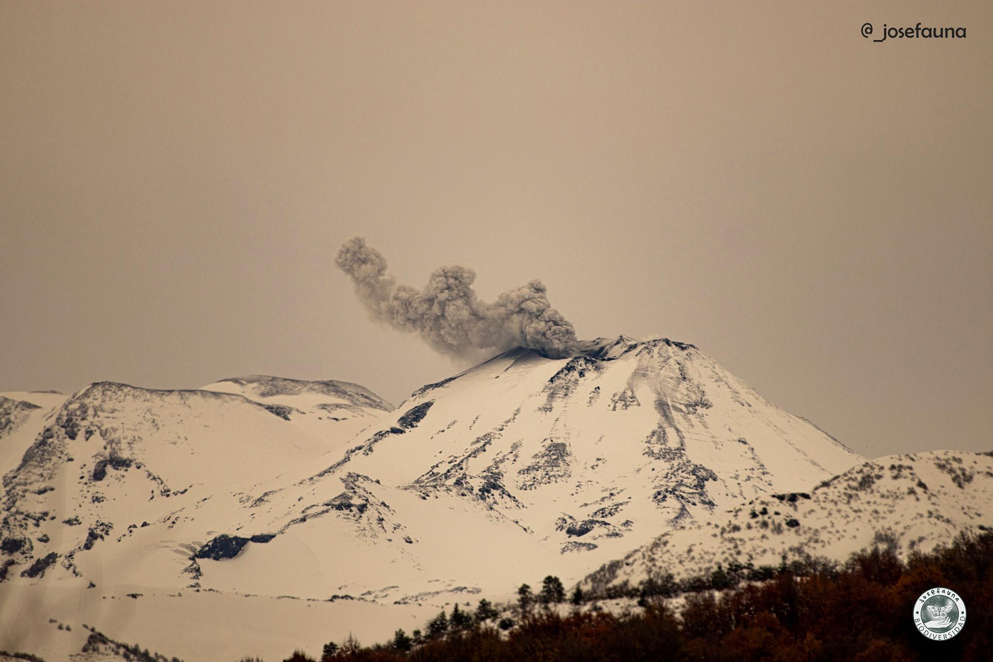 25 Aout 2020. FR . Argentine / Chili : Nevados de Chillan , Indonésie : Sinabung , Equateur : Sangay , Pérou : Sabancaya , Pérou : Ubinas .