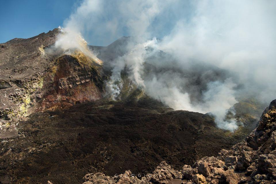 05 Aout 2020 . FR . Italie : Stromboli , Italie / Sicile : Etna , Colombie : Nevado del Huila , Etats-Unis : Chaine des Cascades .