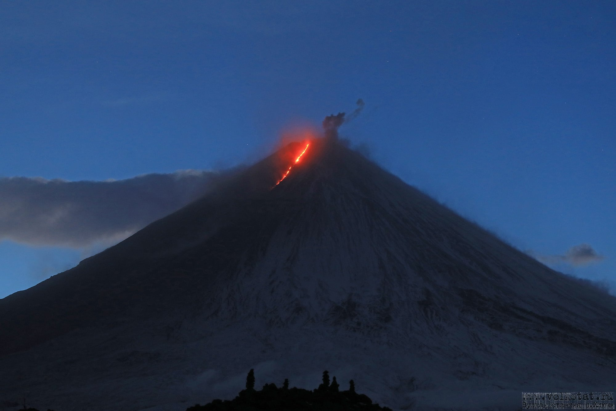 October 10, 2020. EN . Indonesia : Slamet , Kamchatka : Klyuchevskoy , Alaska : Pavlof , Mexico : Popocatepetl .