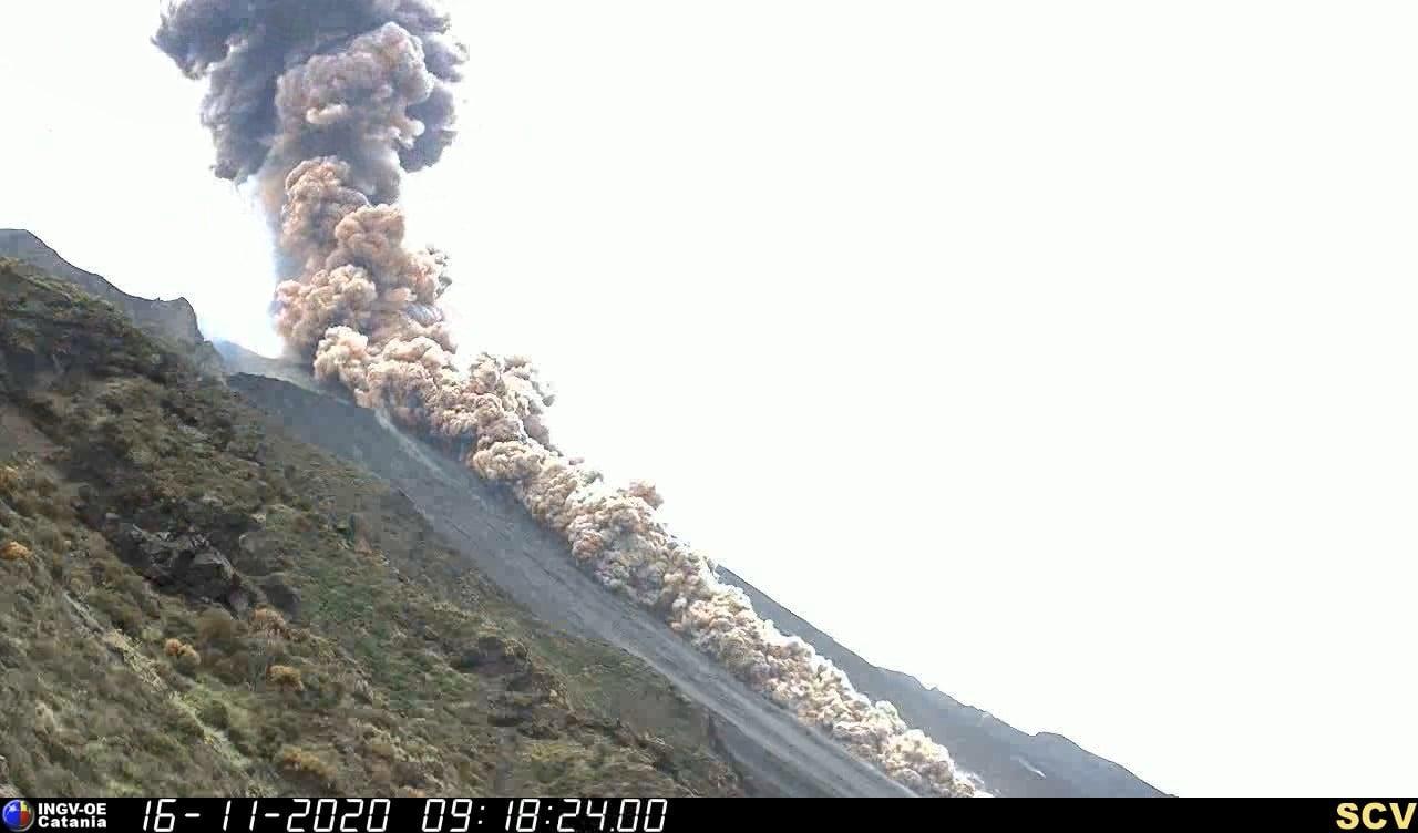 17 Novembre 2020. FR . Italie : Stromboli , Guatemala : Santiaguito , Nouvelle Zélande : White Island , Pérou : Sabancaya .