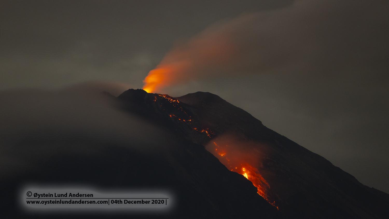 February 02, 2021. EN . La Réunion : Piton de la Fournaise , United States : Yellowstone , Indonesia : Semeru , Peru : Sabancaya , Kamchatka : Ebeko .