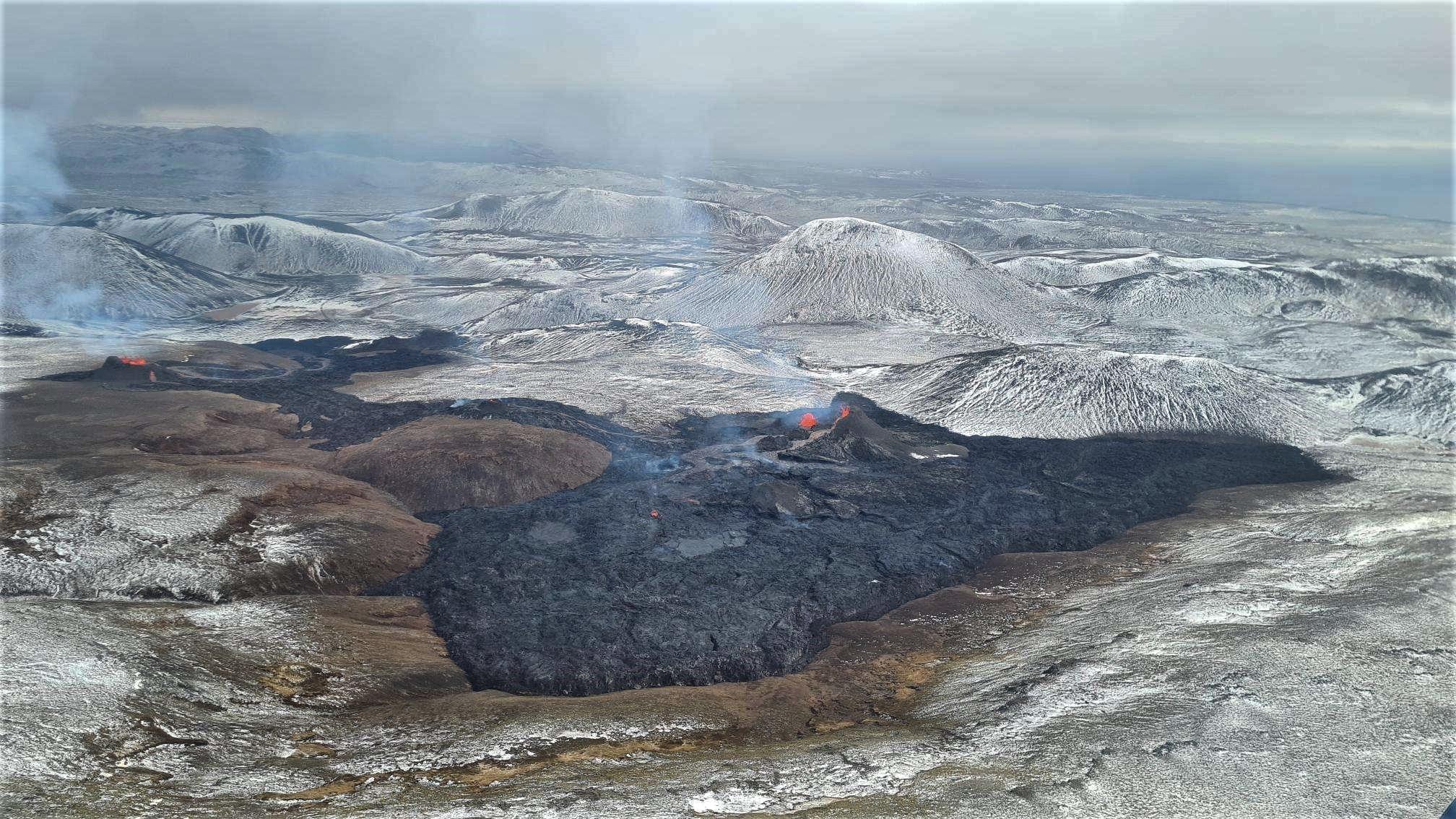 08 Avril 2021 . FR. Islande : Geldingadalur , Guatemala : Pacaya , Japon : Suwanosejima , Indonésie : Sinabung , Russie / Iles Kuriles : Ebeko .