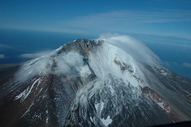 June 19, 2021. EN. Alaska : Gareloi , Italy / Sicily : Etna , Indonesia : Merapi , Chile : Nevados de Chillan , Saint Vincent : Soufrière Saint Vincent .