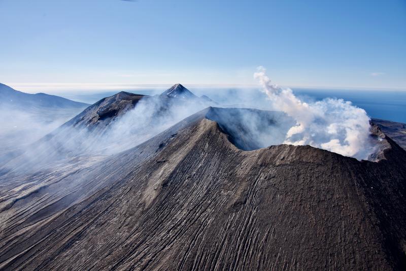 July 19, 2021. EN . Alaska : Semisopochnoi , Indonesia : Anak Krakatau , Chile : Nevados de Chillan , Mexico : Popocatepetl .