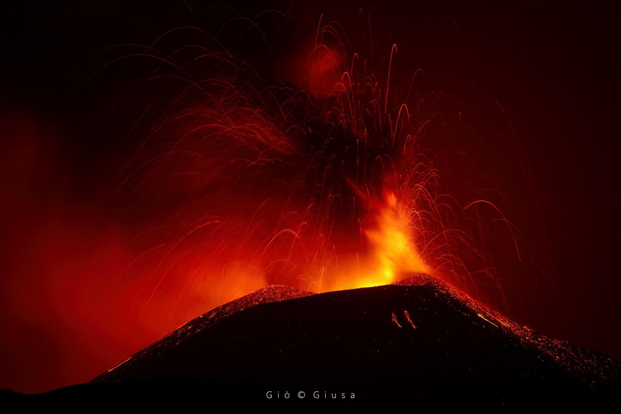 July 20, 2021. EN. Indonesia : Sinabung , Italy / Sicily : Etna , Peru : Sabancaya , Philippines : Taal , Hawaii : Mauna Loa .