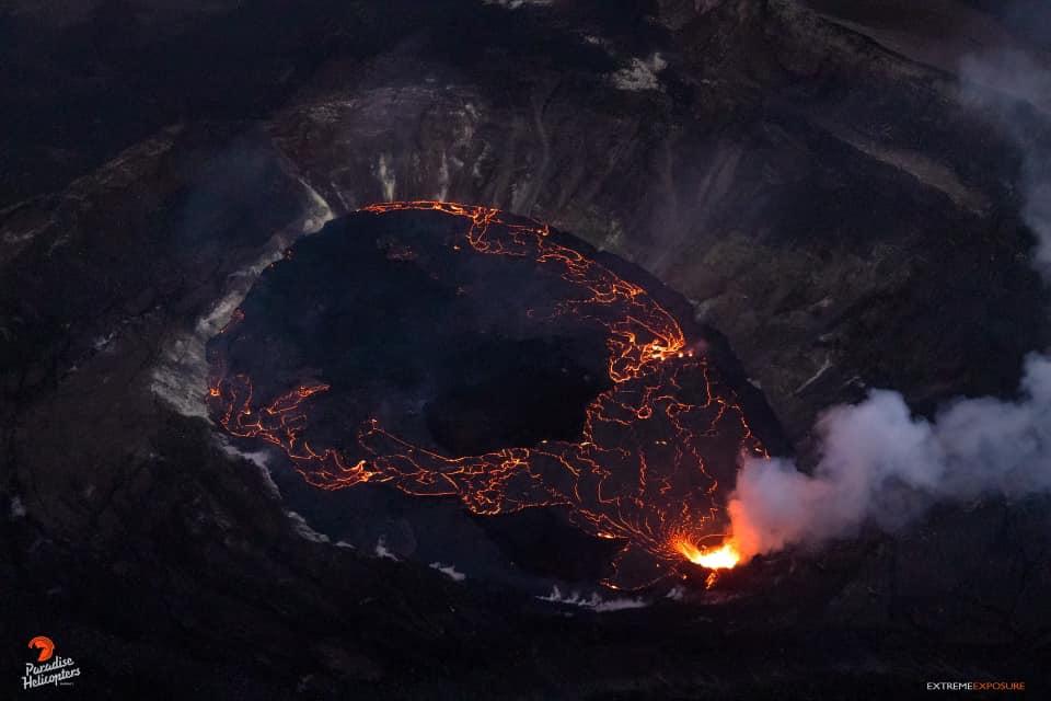 October 12, 2021. EN. Hawaii : Kilauea , Spain / La Palma : Cumbre Vieja , Peru : Sabancaya , Colombia : Nevado del Ruiz , Guatemala : Santiaguito .